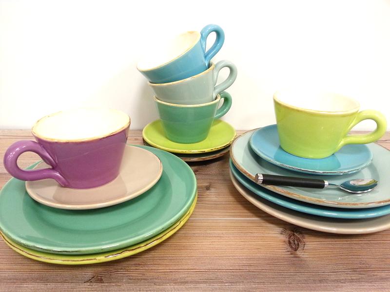 kunstschmiede neumeier burgau gr n form keramik in frischen farben. Black Bedroom Furniture Sets. Home Design Ideas